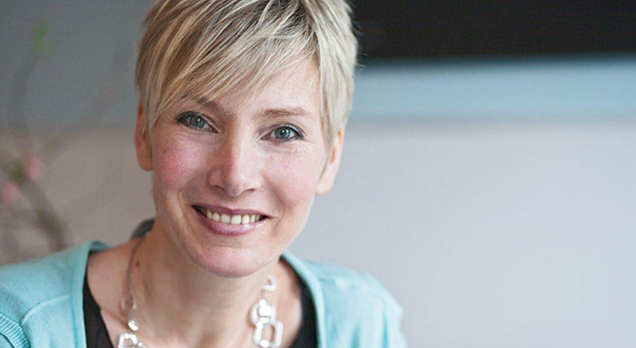 Ewa Braetz zu Gast in der nette30 mit Workshops zum Thema Styling und Beauty