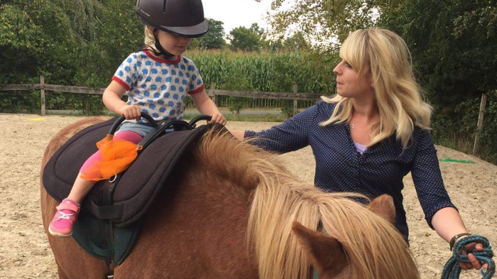 vinnur reittherapie erlebnispädagogik freizeitangebote rebecca voss-elgert